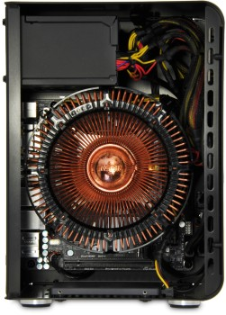 Internal photo showing the Nofan fanless cooler and a Solid State Drive at the bottom of the chassis